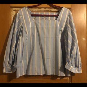 Express blue white stripe 3/4 sleeve shirt